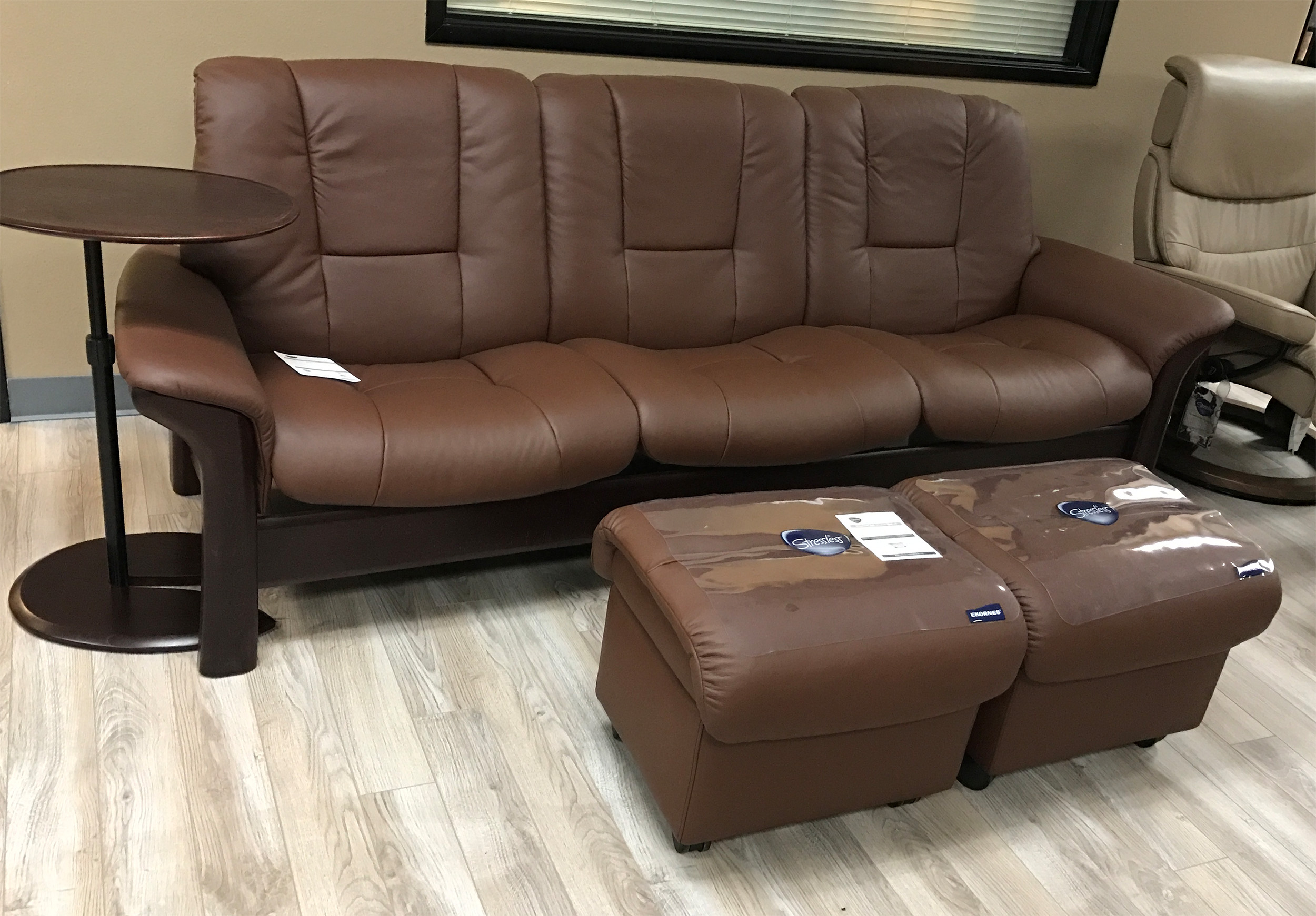 Phenomenal Stressless Buckingham 3 Seat Low Back Sofa Paloma Brown Leather By Ekornes Onthecornerstone Fun Painted Chair Ideas Images Onthecornerstoneorg