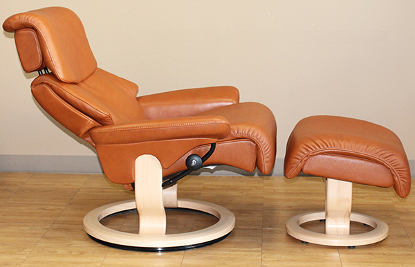 Dream Stressless Royalin TigerEye Recliner Chair Leather by Ekornes