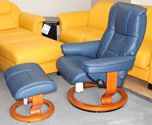 Stressless Chelsea Small Mayfair Paloma Oxford Blue Leather by Ekornes