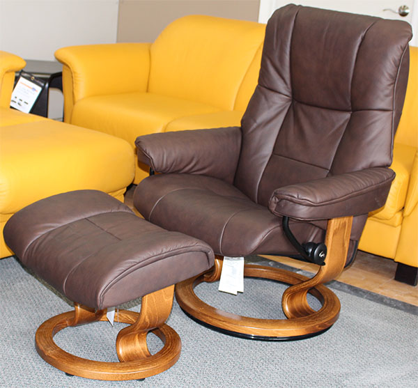 Stressless Mayfair Paloma Chocolate Leather by Ekornes